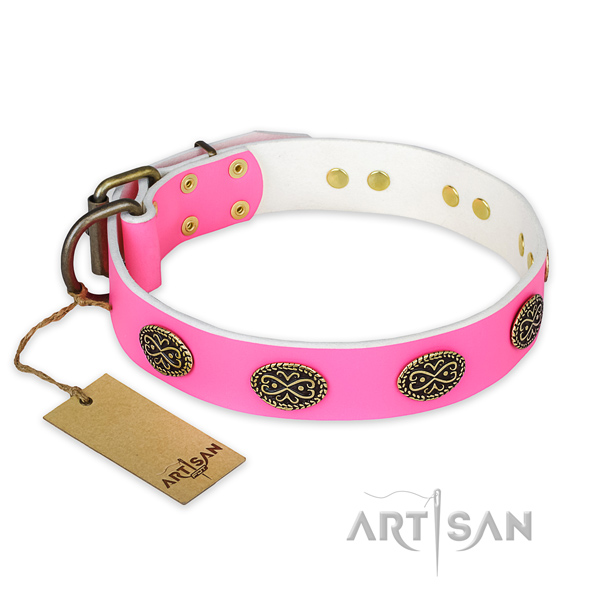 Significant natural genuine leather dog collar for handy use