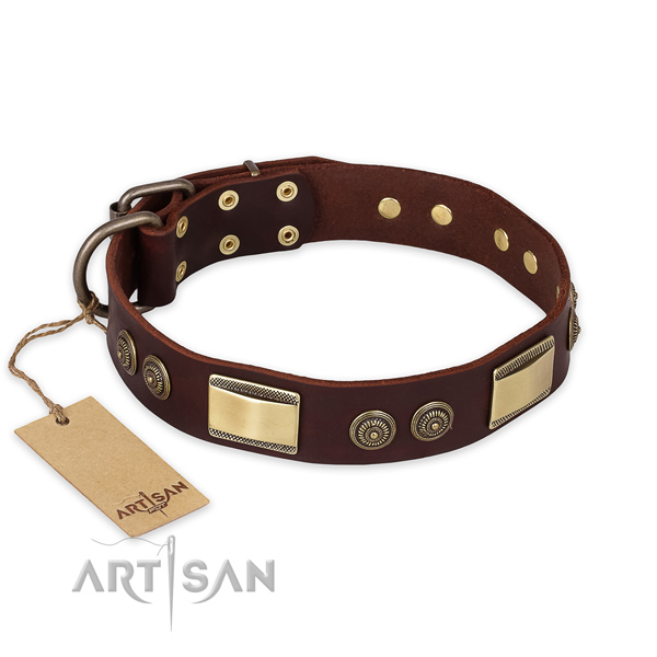 Inimitable leather dog collar for comfy wearing