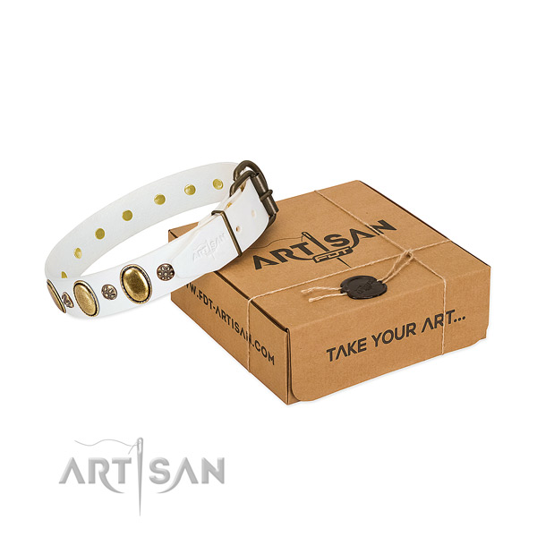 Handy use soft natural genuine leather dog collar with embellishments