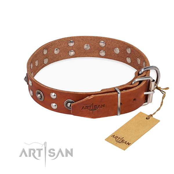 Reliable hardware on full grain genuine leather collar for your attractive pet