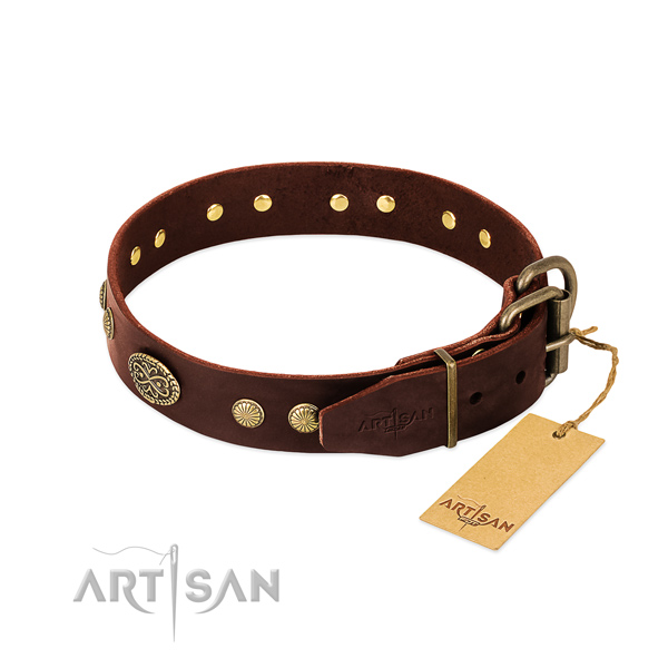 Reliable fittings on Genuine leather dog collar for your doggie